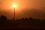 能源内参 江苏地方协会倡议抵制染化料价格暴涨;一季度全社会用电量同比增速回落4.3个百分点