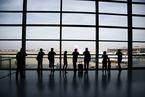 多地机场流量负增长 民航业是否入冬?
