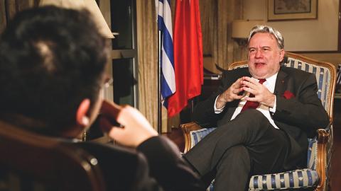 希腊外长卡特鲁加洛斯:期望中国在希腊建立更多金融机构
