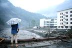 四川阿坝暴雨成灾 致8人遇难数万游客被困