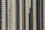 楼市观察|房企融资持续收紧 头部企业暂缓拿地
