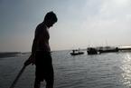 显影|大旱中的洪泽湖渔民