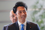 安倍内阁大改组 38岁小泉进次郎首度入阁受瞩目