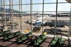 香港机场8月客运量下跌逾12%  跌幅近十年最大