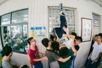 广东省中小学生过半近视 电子产品禁入课堂