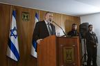 以色列总理被查三年终遭起诉 涉贪轮廓明朗政局颠簸难休