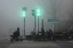 """雾霾笼罩华北黄淮 部分城市达""""6级严重污染"""""""