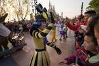 疫情致迪士尼中国乐园关闭 预计下一财季损失1.75亿美元