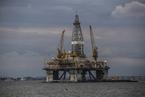原油價格大跌 美國頁巖油氣廠商股價腰斬