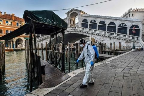 意大利社会谨慎解封 每日新增病例已回落至峰值1/3