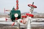 标普下调油气巨头评级 多油企削减支出