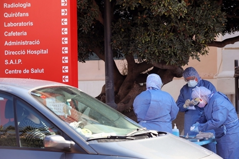 3月28日:西班牙近千名医护确诊