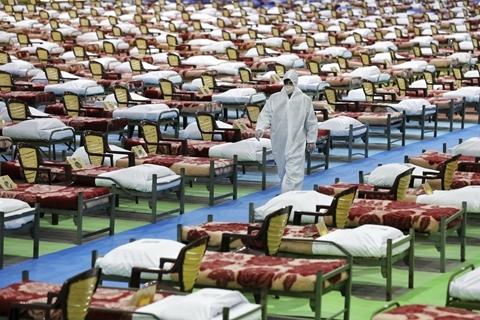伊朗确诊破4万例增速未放缓 贸易遭制裁抗疫尤棘手