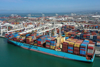 圣诞季货物集中到港 美国港口拥堵再创新高