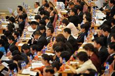 中国省级单位辖区幅员辽阔、人口众多,省级党委班子的组成,对于地方治理得失干系重大。