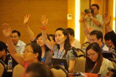 2012年7月2日,北京市第十一次党代会召开第二次新闻发布会,北京市发改委、财政局、教工委、民政局、社工委、国资委、环保局、中关村管委会八家单位的新闻发言人回答记者提问。