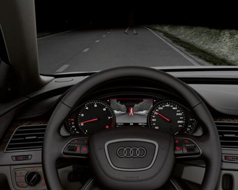 Audi_A8L