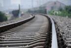 浩吉铁路一辆货车脱轨 线路尚在抢修