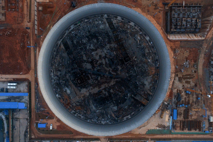 An aerial photograph shows the scene of the Fengcheng power plant on Nov. 27, three days after scaffolding collapsed, killing 74 workers. Photo: Chen Liang/Caixin