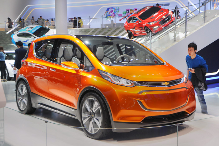 A Chevrolet Bolt EV concept car of Shanghai GM, a joint venture between SAIC Motor and General Motors, is on display during an auto show in Shanghai on April 22, 2015. Photo: IC