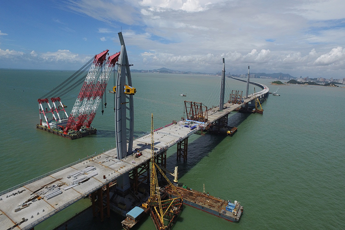 The Hong Kong–Zhuhai–Macau Bridge, an ongoing construction project, consists of a series of bridges and tunnels crossing the Lingdingyang channel that will connect Hong Kong, Macau and Zhuhai, three major cities on the Pearl River Delta in China, with a final tunnel having been installed on May 2, 2017. Photo: Visual China