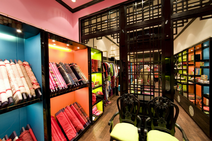 Chinese luxury brand Shanghai Tang has been sold by Swiss luxury group Compagnie Financière Richemont SA, as Richemont follows through on plans to