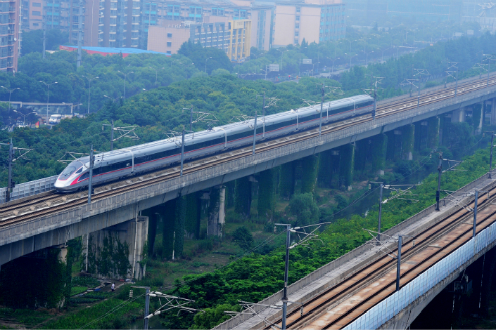 China Railway Corp. posted revenue of 77.4 billion yuan for its freight business in the first quarter of 2017, up nearly 20% from the same period a year ago. Photo: IC