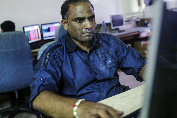 A top official at India's Ministry of Electronics and Information Technology said it is looking into whether the Chinese web browser, UC Web, is sending the private data of Indian users back to China. Photo: Visual China