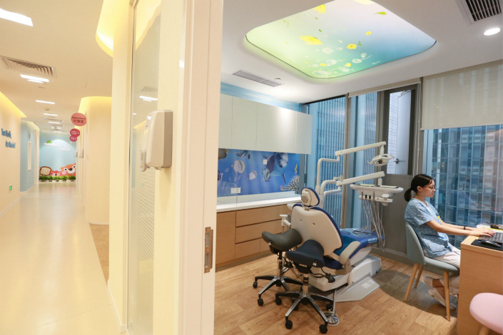 China's first medical mall, in Hangzhou, Zhejiang province, already had several small clinics operating inside the facility on Thursday, two days after provincial authorities gave the $15-million project a green light. Photo: Visual China