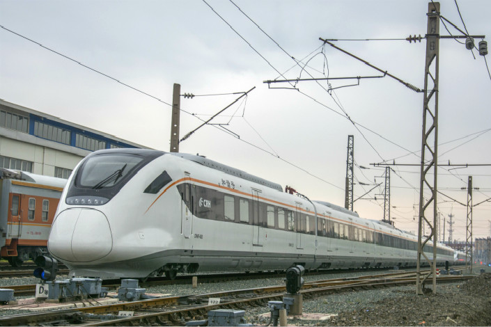 Before their merger, Alstom and Siemens saw new orders slide 6% and 22%, respectively, over the last fiscal year. Meanwhile, CRRC reported its train supply orders from overseas were up 40%. Photo: Visual China
