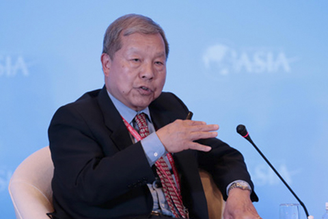 Yukon Huang, the World Bank's former country director for China, said China's provincial-level and local governments need World Bank loans even though China is a wealthy country because structural impediments prevent domestic banks from providing sufficient credit to finance public projects. (File Photo)