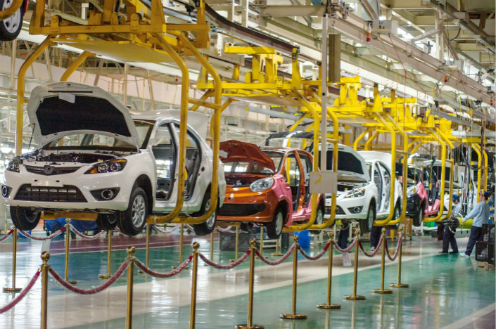 Chongqing Changan Automobile Co.'s decision to stop selling fossil-fueled cars parallels Chinese government industrial policies that are now pushing for companies to transition away from gasoline-burning automobiles. Above, a Changan production line is seen in Chongqing in November 2012. Photo: Visual China