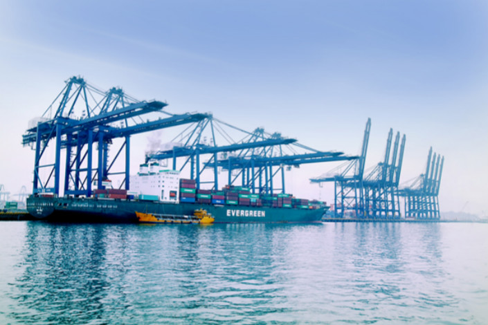CCCC has expanded its overseas presence in recent years, inking deals to acquire U.S. and Australian firms and working on a $1.4 billion port project in Sri Lanka. Pictured is one of its previous port projects, Shenzhen's Yantian port. Photo: China Communications Construction Company Ltd.