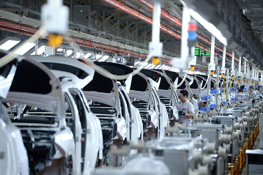 China's official Manufacturing Purchasing Managers Index fell to 51.6 in October, down from 52.4 the previous month. The October figure was its weakest reading since July, as production slid to its lowest level since January. Photo: Visual China