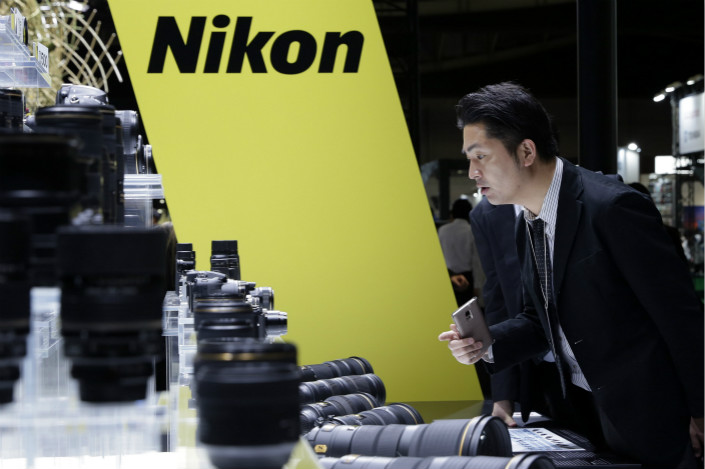 Global shipments of digital cameras plunged 31.7% to 24.2 million in 2016. Nikon alone reported that its sales of imaging products fell 26.4% to 383.8 billion yen ($3.4 billion) during fiscal 2017. Photo: Visual China