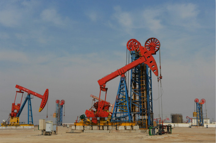 State-owned oil giant China National Petroleum Corp. will spend the next year moving its various services units into a new company that will eventually be listed. The new oil services company will have roughly 172.3 billion yuan in assets and 68.1 billion yuan in debt. Photo: Visual China