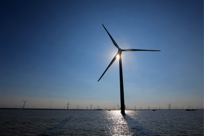 The additional construction of wind power facilities on the sea — up from the 2 million kW that was proposed at the beginning of the year — could amount to an estimated 240 billion yuan ($36.6 billion) in investment from 2016 to 2020. Photo: Visual China