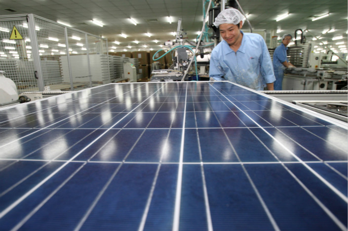 GCL-Poly is among the largest manufacturers of solar PV materials in the world. The company produced nearly 40,000 tons of polysilicon and 10.6GW of silicon wafers in the first half of the year, accounting for about one-quarter and one-third of global production respectively. Photo: Visual China