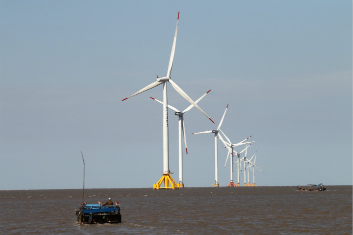 Most of the ecological impact from offshore wind farms is caused during the construction phase, during which sediment near construction sites can lower levels of oxygen, and the disperse substances harmful to marine organisms, a non-governmental enivronmental organization said in a document sent to Caixin. Photo: Visual China