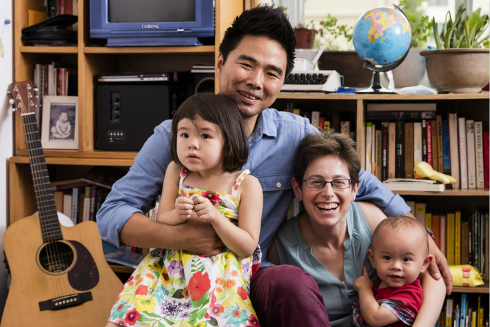 Musician Liu Jian (left) poses with his wife, American journalist Rebecca Kanthor, and their children. Liu and Kanthor co-founded the Hand in Hand International Children's Festival. Photo: Liu Jian