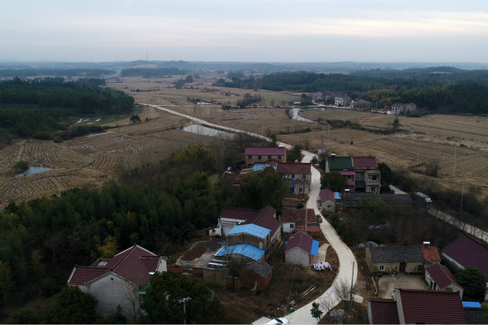 "The government will ""moderately relax"" controls on rights for rural land allocated for villagers to build homes and houses left vacant by city-bound migrant workers, according to the government's No. 1 document. Photo: IC"