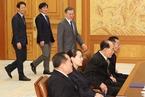 金正恩胞妹金与正以特使身份邀请文在寅访问朝鲜