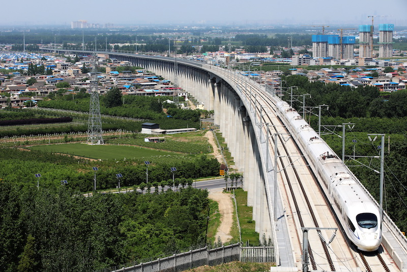 A high-speed train passes through Xi'an, Shaanxi province, on April 29. Photo: VCG