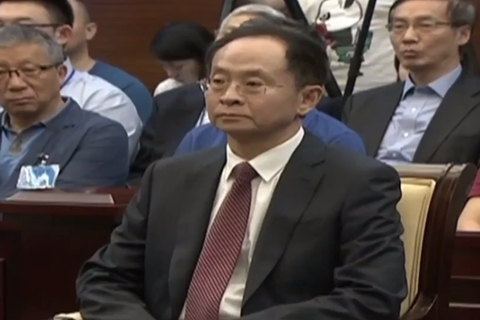 Zhang Wenzhong listened while the judge read the ruling Thursday. Photo: the Supreme Court
