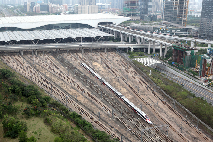 A bullet train on the Guangzhou-Shenzhen-Hong Kong Express Rail Link departs the Shenzhen station on May 14. Photo: IC