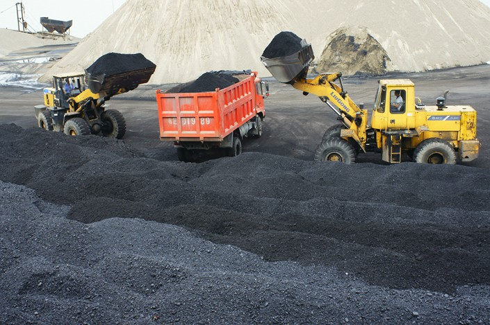 Coal gets loaded onto a dump truck on Thursday in Central China's Hubei province. Photo: IC