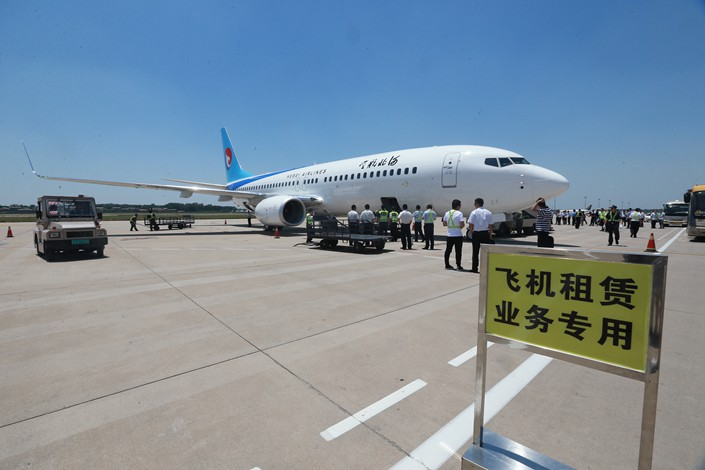 A brand-new Boeing 737-800 aircraft purchased by an aircraft leasing firm arrives in Zhengzhou, Henan province on June 12. Photo: VCG