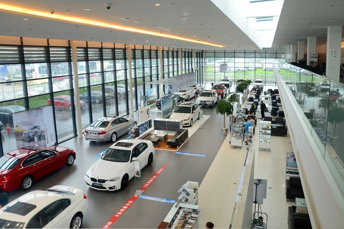 Cars for sale are displayed at the auto market in Rizhao, Shandong province, on Aug 12. Photo: VCG