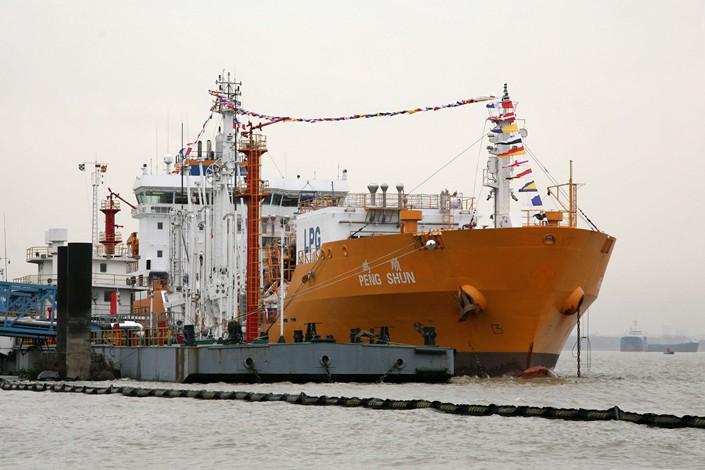 A freighter docks in Nanjing, Jiangsu province in 2010. Photo: IC