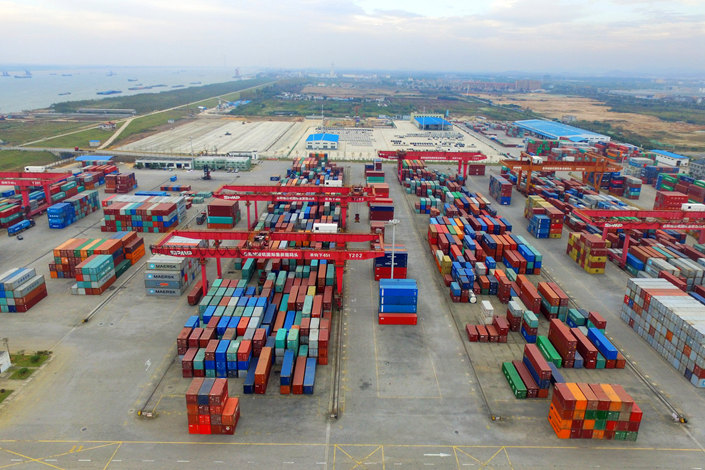 China's imports soared 21.4% year-on-year to $183.3 billion, picking up from 14.5% in September. Photo: VCG